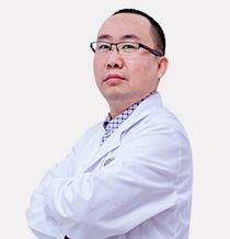 湛江珠江口腔医院 刘旭光