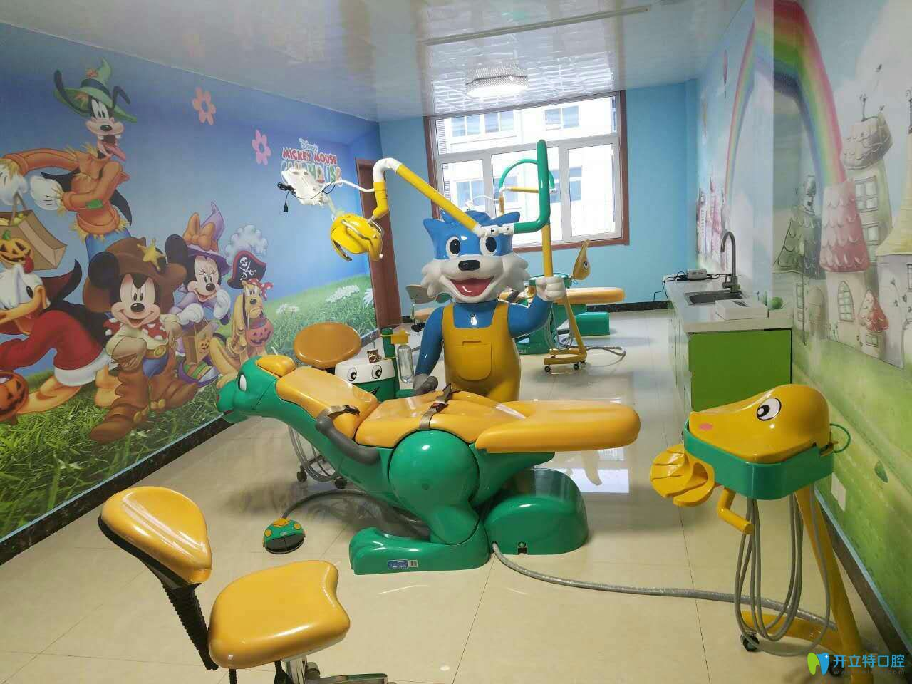泰安正和口腔儿童牙病治疗室