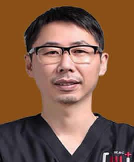 泉州维乐口腔医院谢燕峰