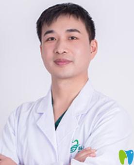 烟台孙周口腔医院李明沛