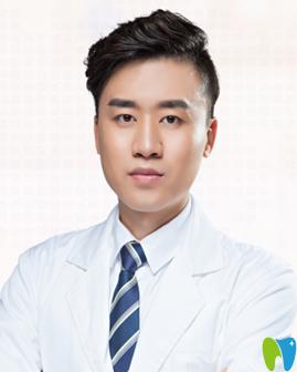 重庆牙卫士口腔医院崔南