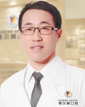深圳德贝美口腔医院焦伟波