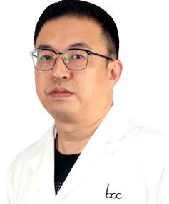 深圳乐莎莎口腔医院周炜