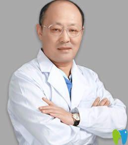 上海德伦口腔正畸推荐专家刘志新