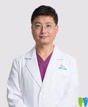 北京维尔口腔石莹医生