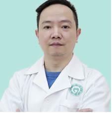 武汉仁爱医院口腔科陈昊