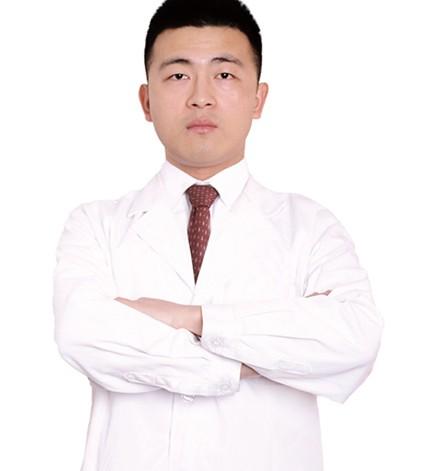 重庆王悦力口腔诊所刘阳博