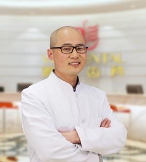 上海雅悦口腔门诊部吴圣辉