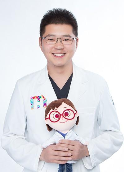 昆明尚爱韩美口腔门诊部李满坡
