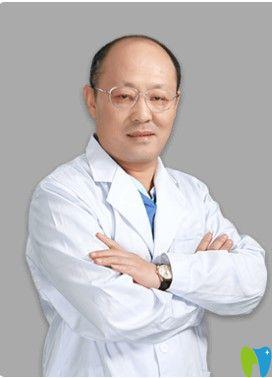 上海德伦口腔正畸医师刘志新