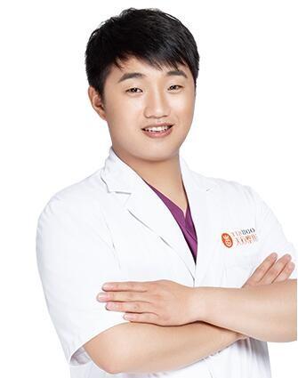 郑州天后医院口腔科李浩