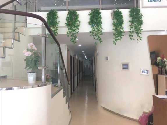 深圳圣浩齿科门诊走廊