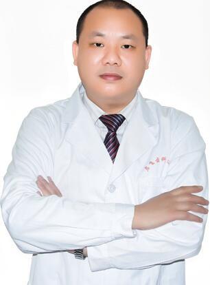 深圳启飞口腔门诊部周启飞