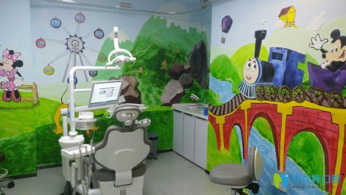 南京月牙儿口腔儿童治疗室环境
