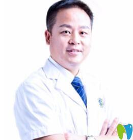 陈军 珠海九龙口腔主任医师