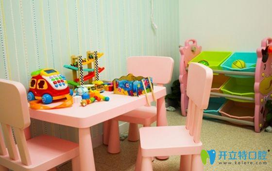 这就是上海妈咪知道齿科的局部儿童娱乐区