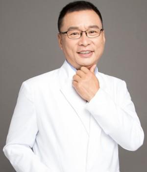 深圳致历宝口腔诊所张国强