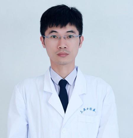 海南三亚口腔医院袁经