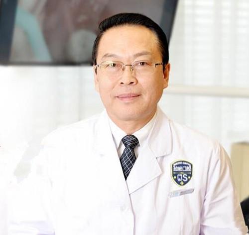北京劲松口腔医院潘巨利