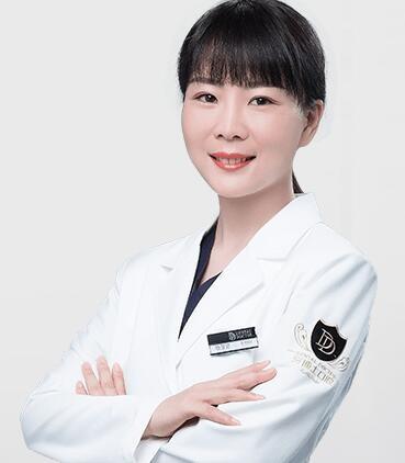 温岭牙博士口腔杨慧艳