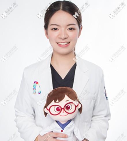 尚爱韩美口腔正畸医生——卢玉莹