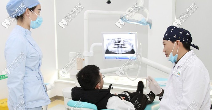 椅旁系统对对瓷贴面起到很大作用