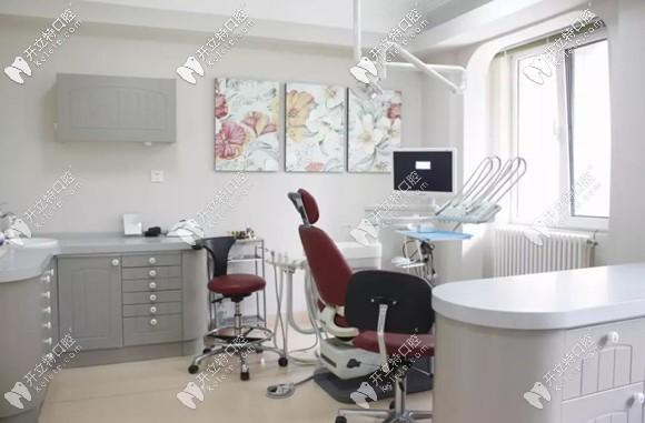 医院有先进牙科综合治疗台40台以上