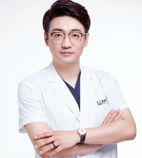 深圳美奥口腔医院林盛春