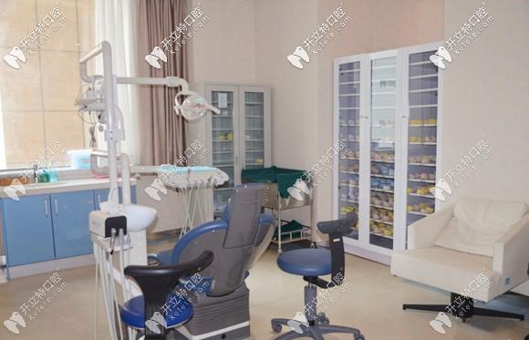 乌鲁木齐美奥口腔正畸诊疗室环境