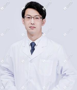 烟台圣贝口腔门诊部刘春志