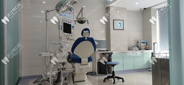 完善的诊疗设备