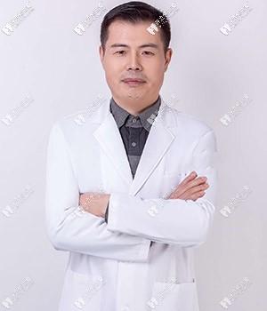 济南美奥口腔门诊部吴高义