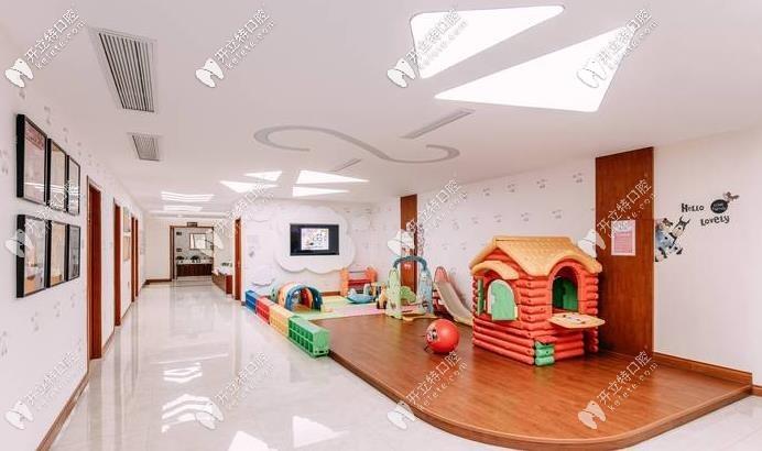 杭州亮贝美口腔儿童玩耍区