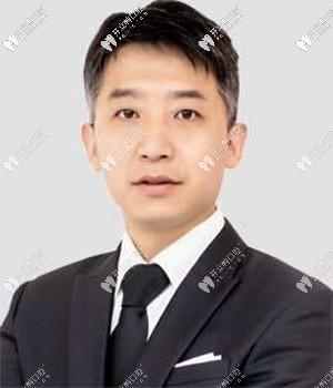 刘保民——上海亿大口腔