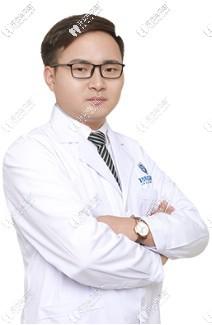 深圳拜尔口腔门诊部闵强