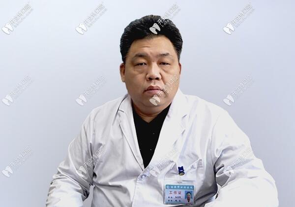 酒泉市口腔医院孙吉峰