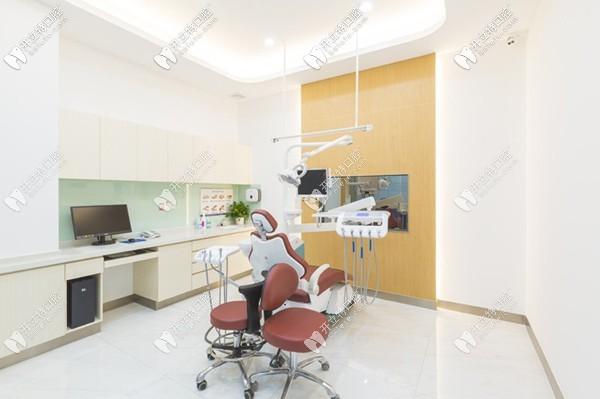 广州三仁口腔治疗室2