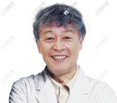 权圣凤医生
