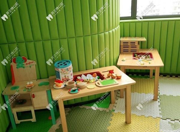 杭州马泷口腔儿童游乐室