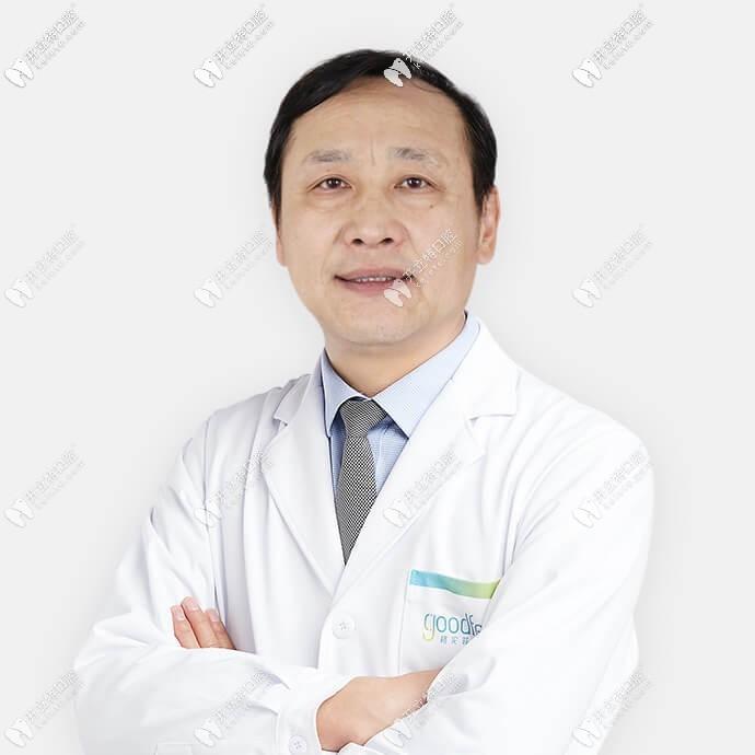 深圳格伦菲尔(唐健)口腔门诊部姜伟涛