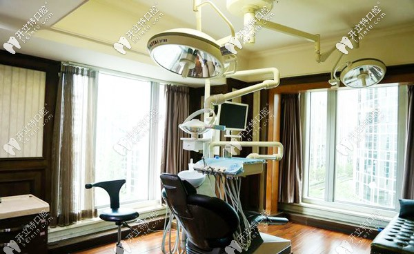慧丽口腔的治疗室