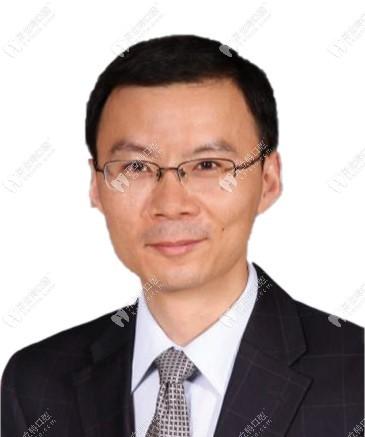 北京宝石花口腔诊所 毋育伟