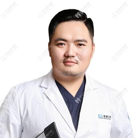 黄泽源医生