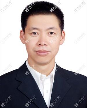 晋中爱芽口腔门诊部何东宁