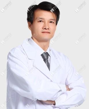 广州穗华口腔医院冯智强